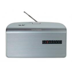RADIO AM/FM PILAS RED PLATA  GRUNDIG
